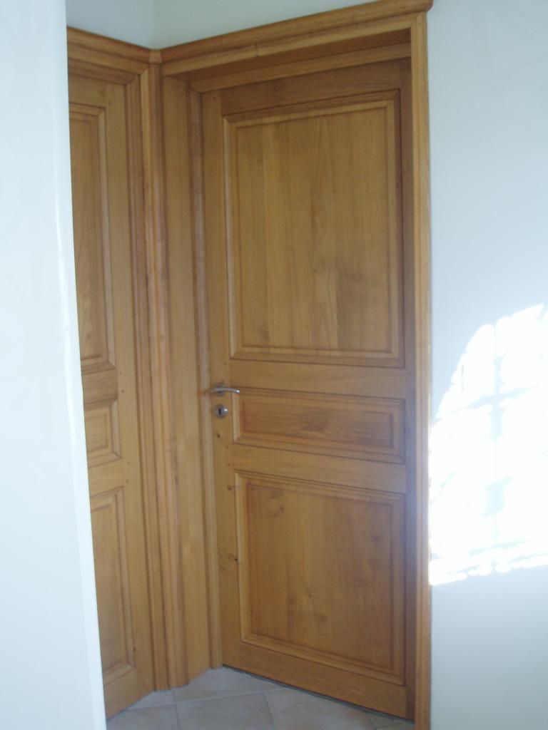 Porte volet fen tre portail for Meuble porte volet